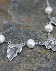 Leaf necklace with freshwater pearls | Starboard Jewellery