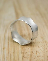 Sterling silver concave ring with wave edges