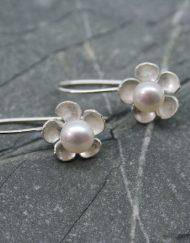 Handmade pearl and silver daisy earrings | Starboard Jewellery