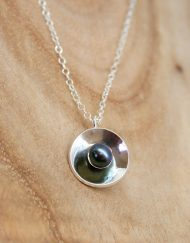 Freshwater pearl pendant in sterling silver