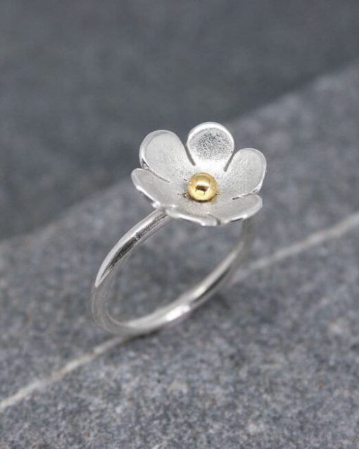 Sterling silver flower ring with large petals 1