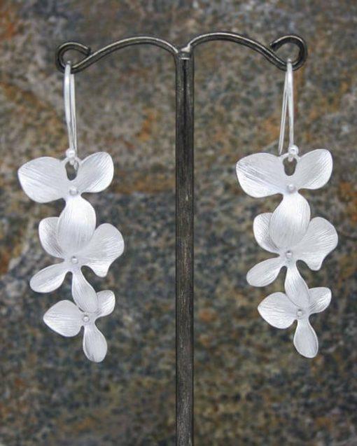 Elegant three long flower drop earrings