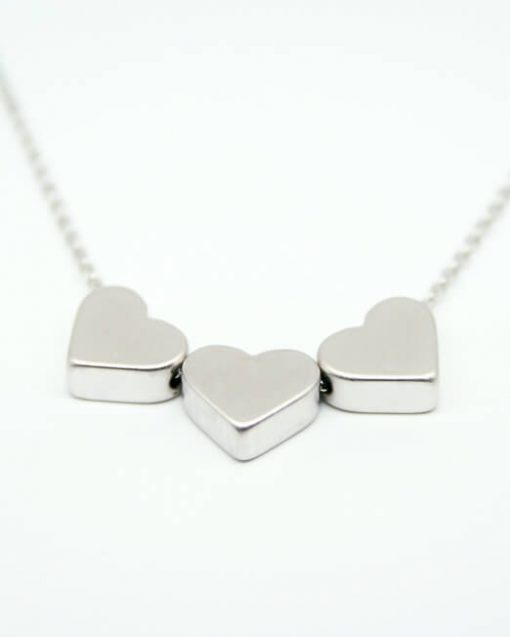 Three heart necklace 1