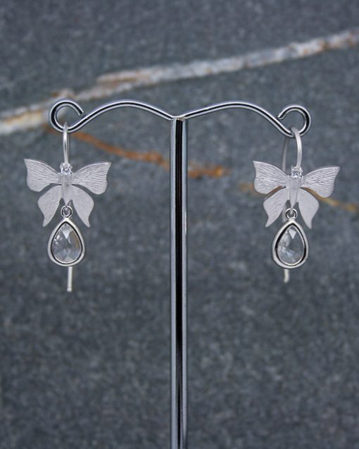 Butterfly earrings with crystal drop