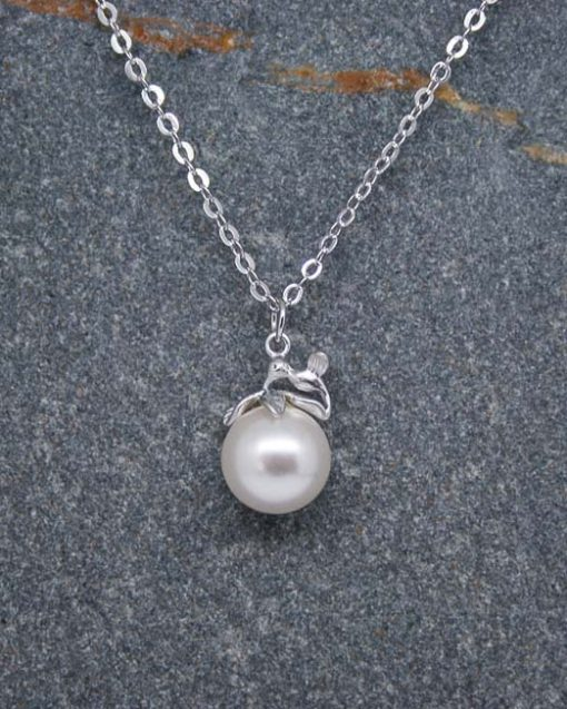 Pearl drop necklace & humming bird necklace