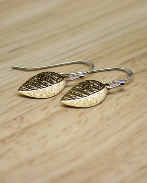 Gold plate leaf earrings 1