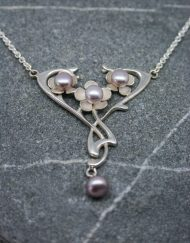 Sterling silver Art Nouveau style necklace with pearls