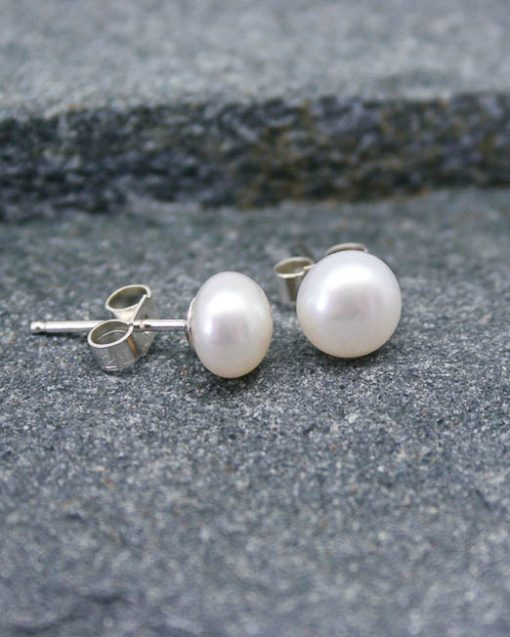 White freshwater pearl studs on silver fittings 1