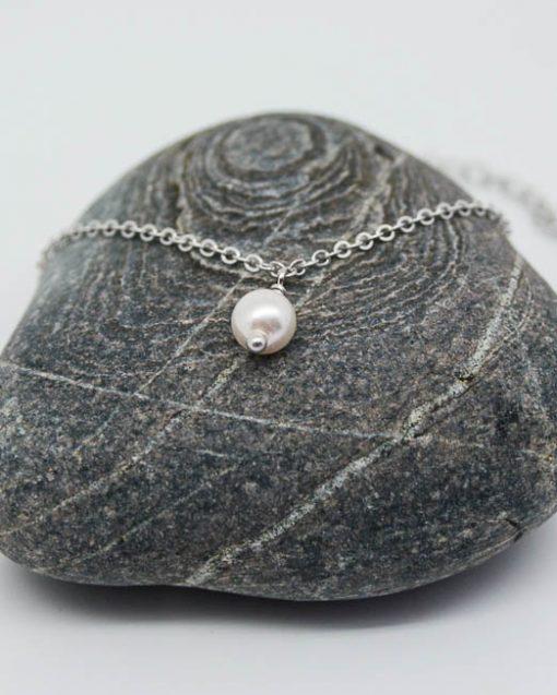 Single swarovski pearl bracelet